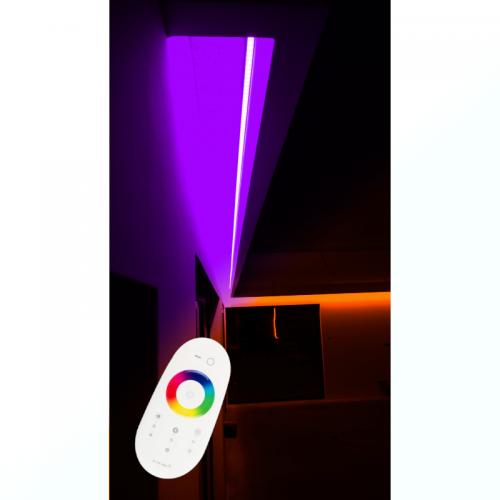 SUFIT LED RGBW +BIAŁY NEUTRALNY Z PILOTEM DOTYKOWYM/30metrów