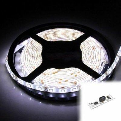 TAŚMA 300 LED / standard / ROLKA 5 m / BIAŁY ZIMNY z czujnikiem ruchu